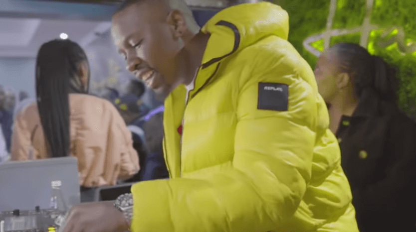 VIDEO: Mr JazziQ Woza Ft. Kabza De Small, Lady Du & Boohle mp4